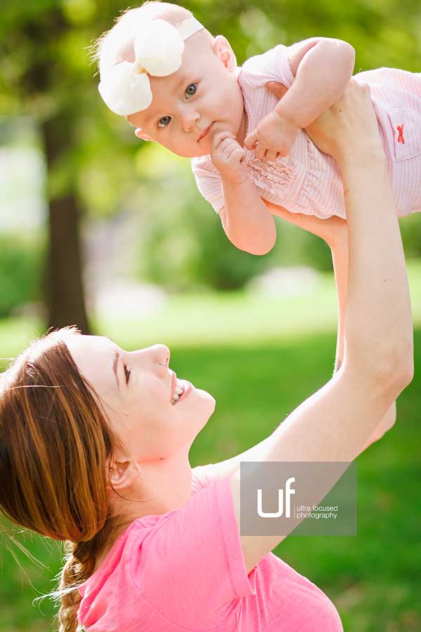 ultrafocused-photography-mackenzie-and-daughter-fall-2016-infant-portrait-photography-04