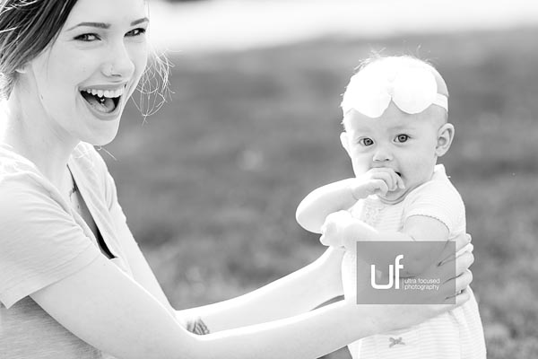 ultrafocused-photography-mackenzie-and-daughter-fall-2016-infant-portrait-photography-05