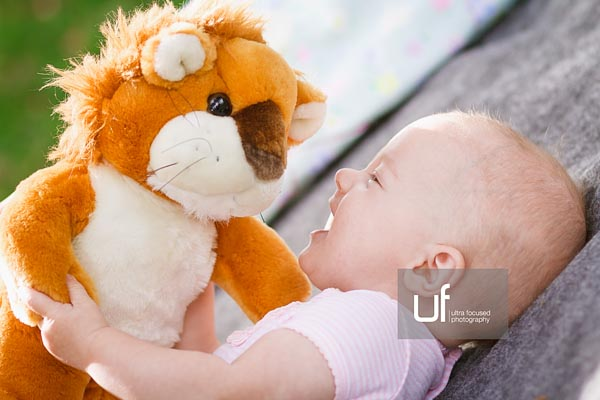 ultrafocused-photography-mackenzie-and-daughter-fall-2016-infant-portrait-photography-09